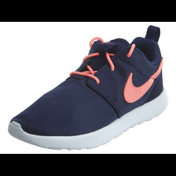 release date: f817c 8cb69 Nike Roshe One - toddler girls size 2